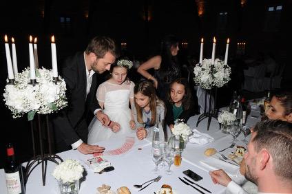 Tour de magie à un mariage